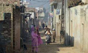 Πακιστάν: Ισόβια κάθειρξη σε δύο άνδρες για τη συμμετοχή τους σε κύκλωμα παιδεραστίας