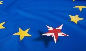 Αυξάνονται διαρκώς τα ποσοστά κατά του Brexit –  Στο 53% το «Ναι» (Vid)