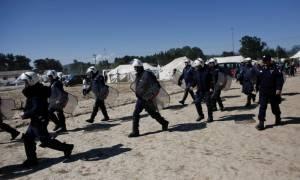 Ξύλο στην Ειδομένη: Βγήκαν μαχαίρια μεταξύ προσφύγων - Δύο στο νοσοκομείο