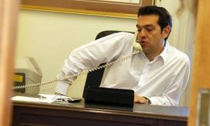 Κυβέρνηση: Περιμένει στο…ακουστικό της για το Eurogroup
