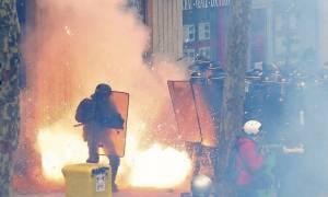 Βίαιες συγκρούσεις στην Γαλλία για τις «ευέλικτες» εργασιακές συνθήκες