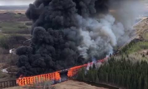 Παρανάλωμα του πυρός έγινε σιδηροδρομική γέφυρα στον Καναδά (vid)