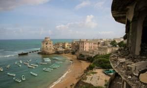 Σομαλία: 15 νεκροί και 40 τραυματίες από κατάρρευση τεμένους (Pics)