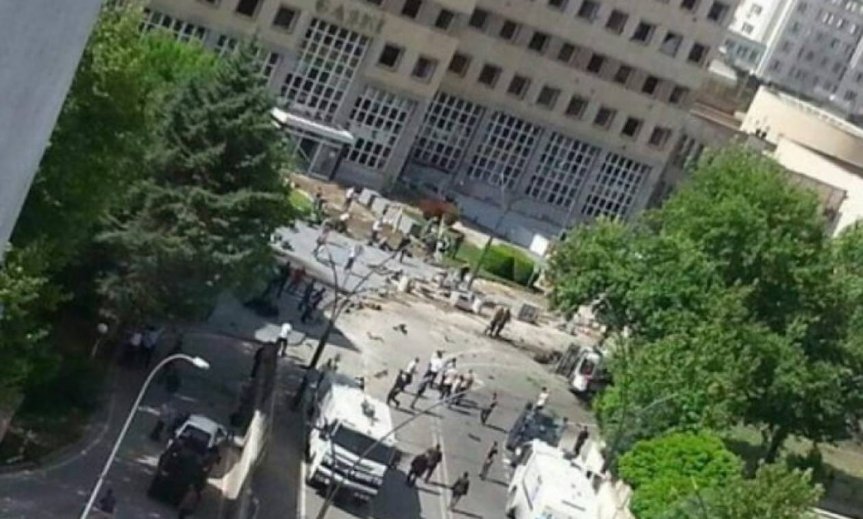 Συγκλονιστικό: Η στιγμή της έκρηξης στο Αστυνομικό Τμήμα στην Τουρκία (video)