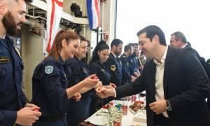 Πάσχα 2016 - Τσίπρας: Αφήνουμε πίσω μας τα δύσκολα κι ατενίζουμε το μέλλον με αισιοδοξία