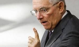 Σόιμπλε: Υπέρ της μείωσης των φόρων στο εισόδημα