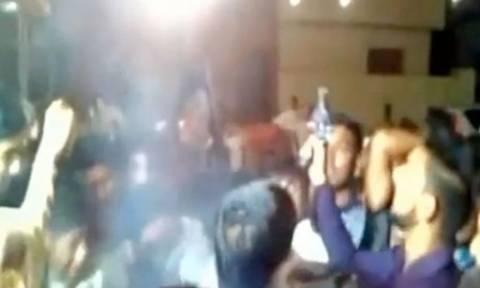 Βίντεο σοκ - Πυροβόλησαν γαμπρό στο κεφάλι την ώρα του γάμου