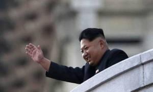 Ο Κιμ Γιονγκ Ουν απαγορεύει... τους γάμους και τις κηδείες
