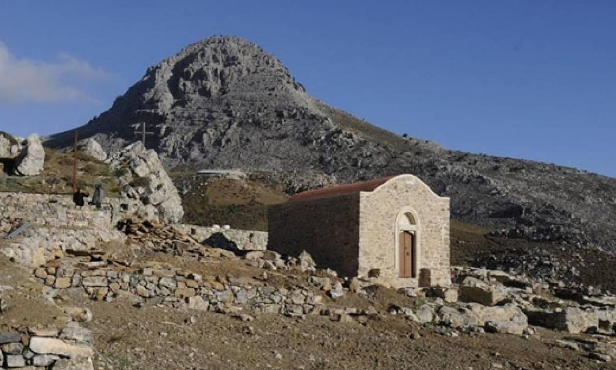 Κρήτη: Λειτουργία ξανά μετά από 600 χρόνια στη Μονή των Τριών Ιεραρχών