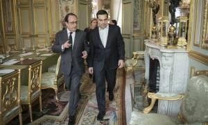 Παρέμβαση Ολάντ στο παρά πέντε: Η Γαλλία επιθυμεί συμφωνία για την Ελλάδα στο Eurogroup