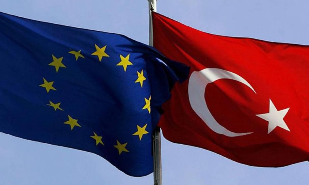 Οι Τούρκοι κέρδισαν και πήραν δώρο τη «βίζα» από την Κομισιόν