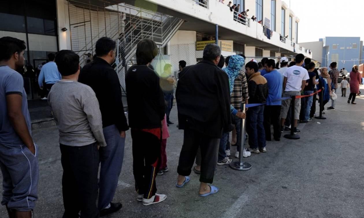 Αντιδήμαρχος Ελληνικού: Το βράδυ βγήκαν όπλα στον καταυλισμό των μεταναστών