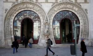 Πορτογαλία: Διέλυσε άγαλμα 126 ετών για μία... selfie!