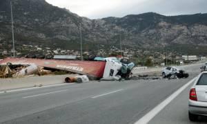 Σοκάρουν οι φωτογραφίες από το τροχαίο δυστύχημα στην Κινέτα