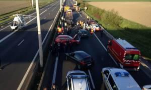 Βέλγιο: Χάος σε αυτοκινητόδρομο από καταδίωξη διακινητών μεταναστών - Νεκρός μοτοσικλετιστής (vids)