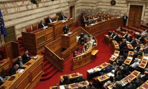 Live: Η συζήτηση στην Ολομέλεια της Βουλής για το ασφαλιστικό - φορολογικό