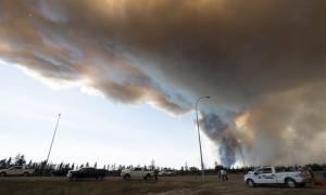 Στο έλεος της φωτιάς ο Καναδάς