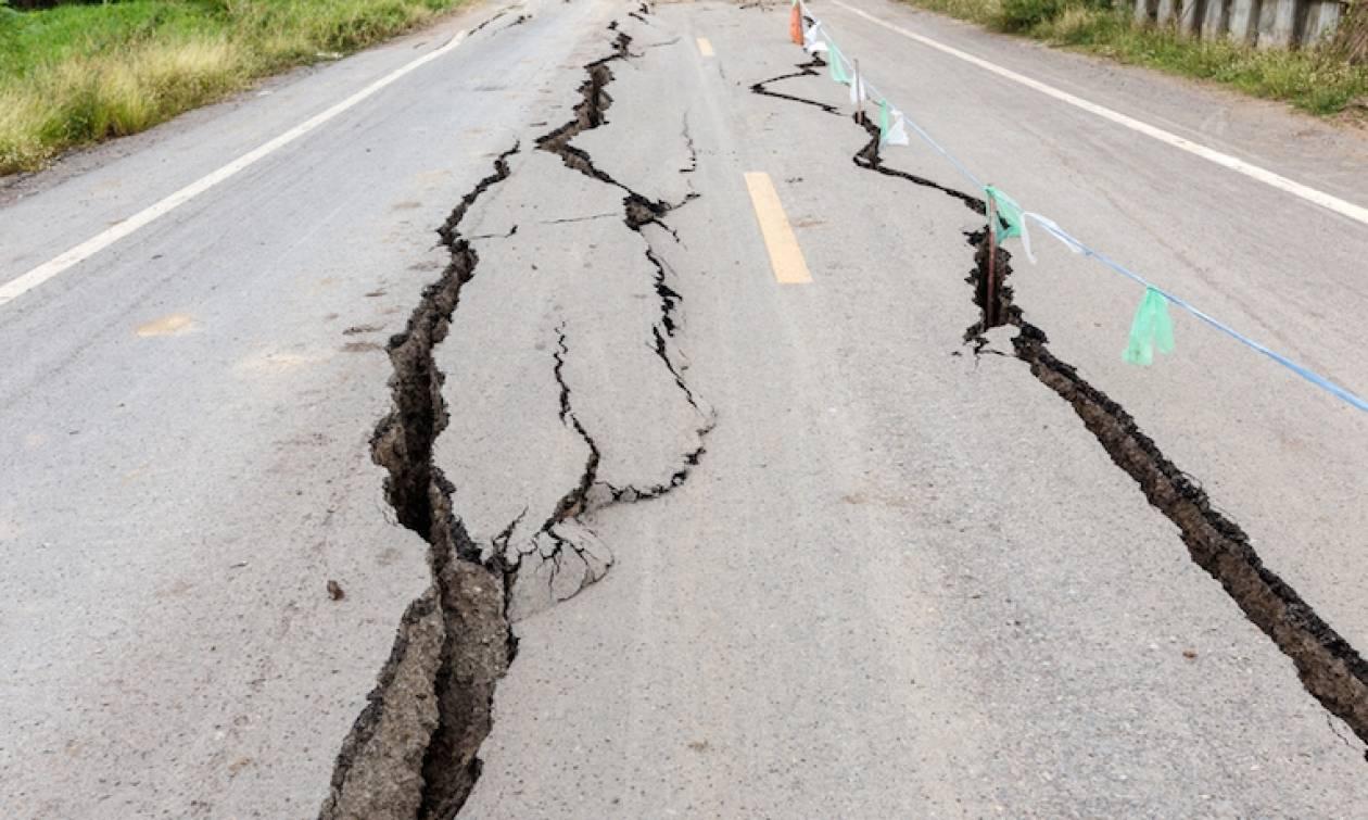 Ισχυρή σεισμική δόνηση συγκλονίζει το Μεξικό