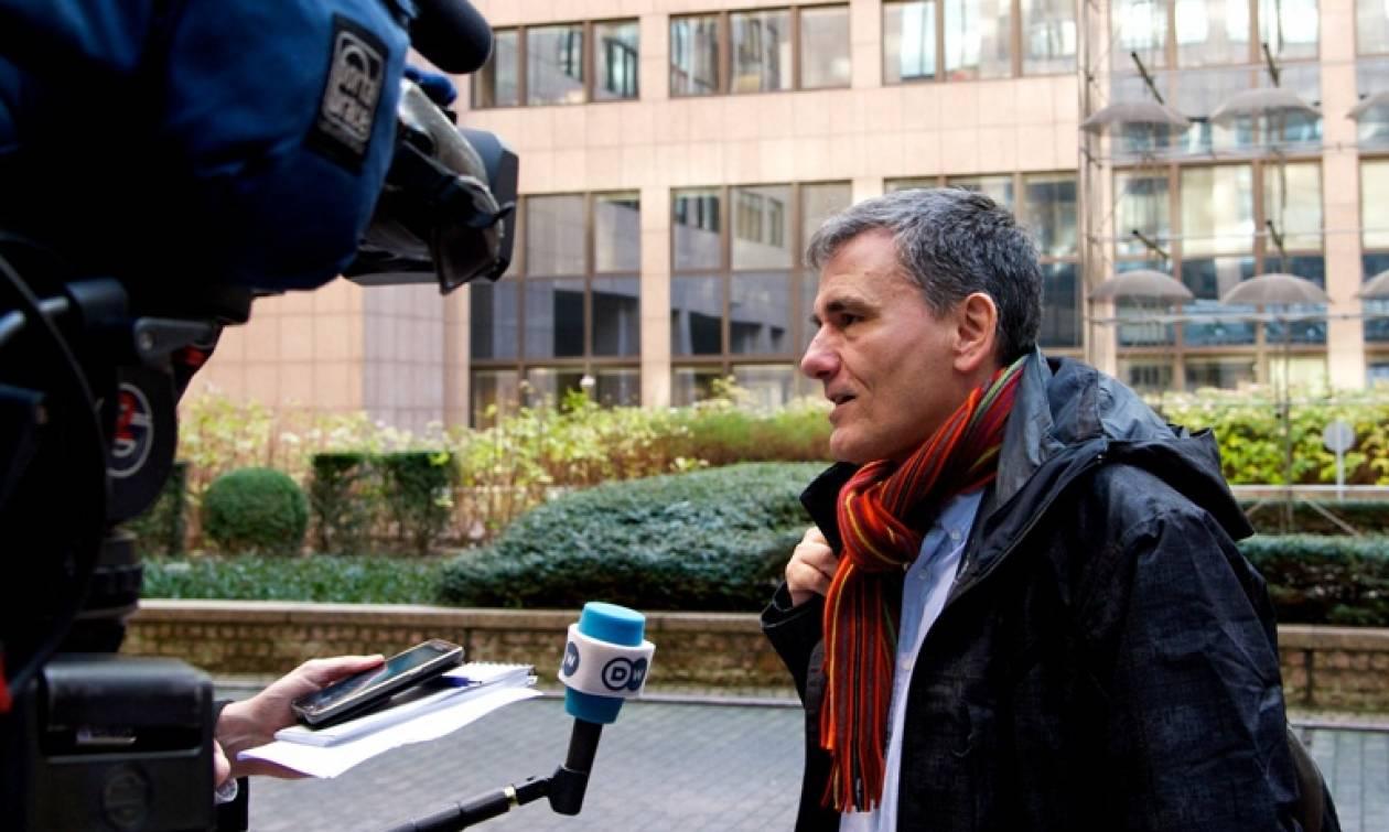 Eurogroup: Με «όπλο» τα μέτρα αφαίμαξης των Ελλήνων μεταβαίνει στις Βρυξέλλες ο Τσακαλώτος