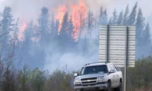 Καναδάς: Η μεγάλη πυρκαγιά καθυστερεί την πετρελαϊκή παραγωγή