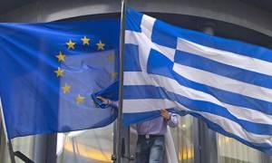 Αξιωματούχος ΕΕ: Πιο κοντά σε συμβιβαστική συμφωνία μετά το EuroWorking Group