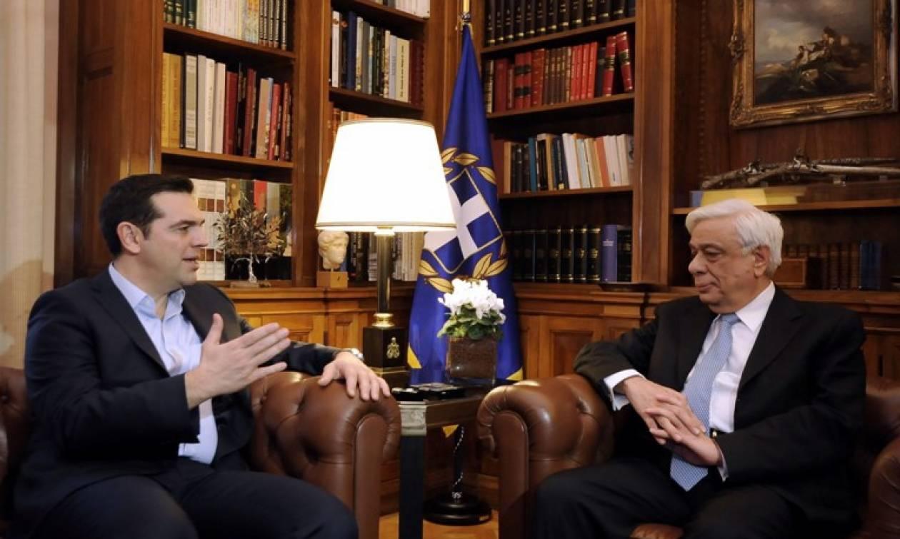 Eurogroup: Εσπευσμένα στον Παυλόπουλο ο Αλέξης Τσίπρας