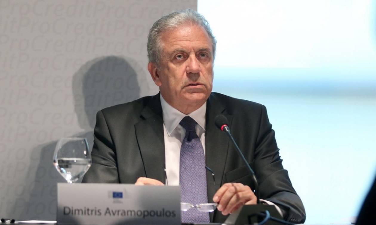 Αβραμόπουλος: Θα εφαρμοστεί πρόστιμο σε όσες χώρες αρνούνται να συνδράμουν στο προσφυγικό