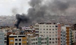 Ισχυρή έκρηξη στην Τουρκία - Τουλάχιστον τρεις νεκροί και σαράντα πέντε τραυματίες (Pics & Vids)