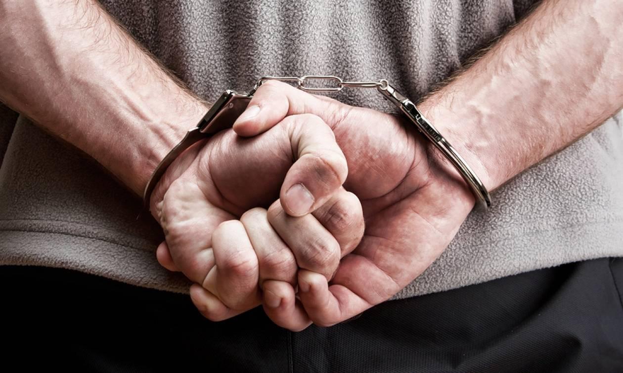 Ιωάννινα: Πατέρας και γιος συνελήφθησαν για κατοχή παράνομου οπλισμού