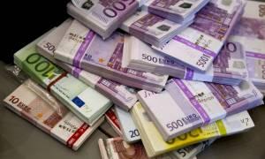 Στον «πάγο» φορολογική αμνηστία και περιουσιολόγιο