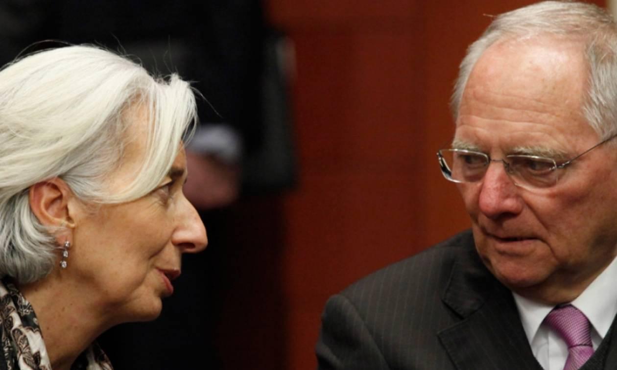WSJ: Το Βερολίνο δεν συμφωνεί με το ΔΝΤ για το ελληνικό χρέος