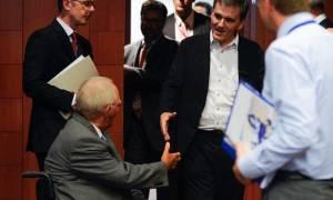 Μυστική συνάντηση Σόιμπλε - Τσακαλώτου για το χρέος - Τι συζήτησαν