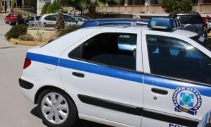 Σοκ στη Δάφνη: Επιτέθηκε στη σύζυγο και το γιο του και μετά αυτοπυρπολήθηκε