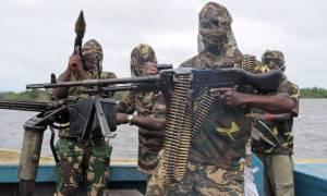 Έντονη διεθνής ανησυχία για τις σχέσεις που αναπτύσσει η Μπόκο Χαράμ με τον ISIS (Vids)