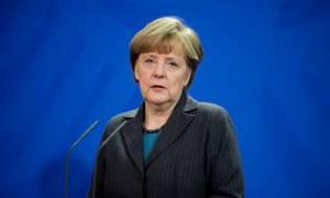 Ξεφεύγουν τα πράγματα στη Γερμανία - Άφησαν απειλητικό μήνυμα με γουρουνοκεφαλή στην Μέρκελ