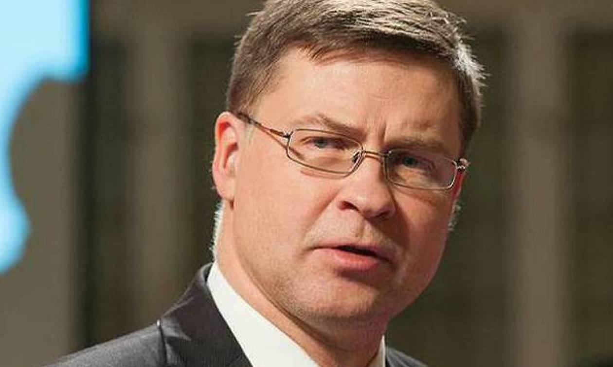 «Αδειάζει» την κυβέρνηση ο Ντομπρόβσκις: Προτείναμε μειώσεις δαπανών, ήθελε αύξηση φόρων!