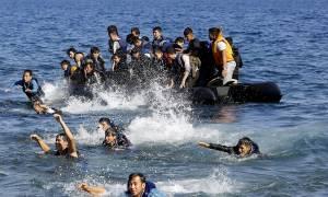 Σύλληψη ενός διακινητή και διάσωση 47 προσφύγων ανοιχτά της Χίου
