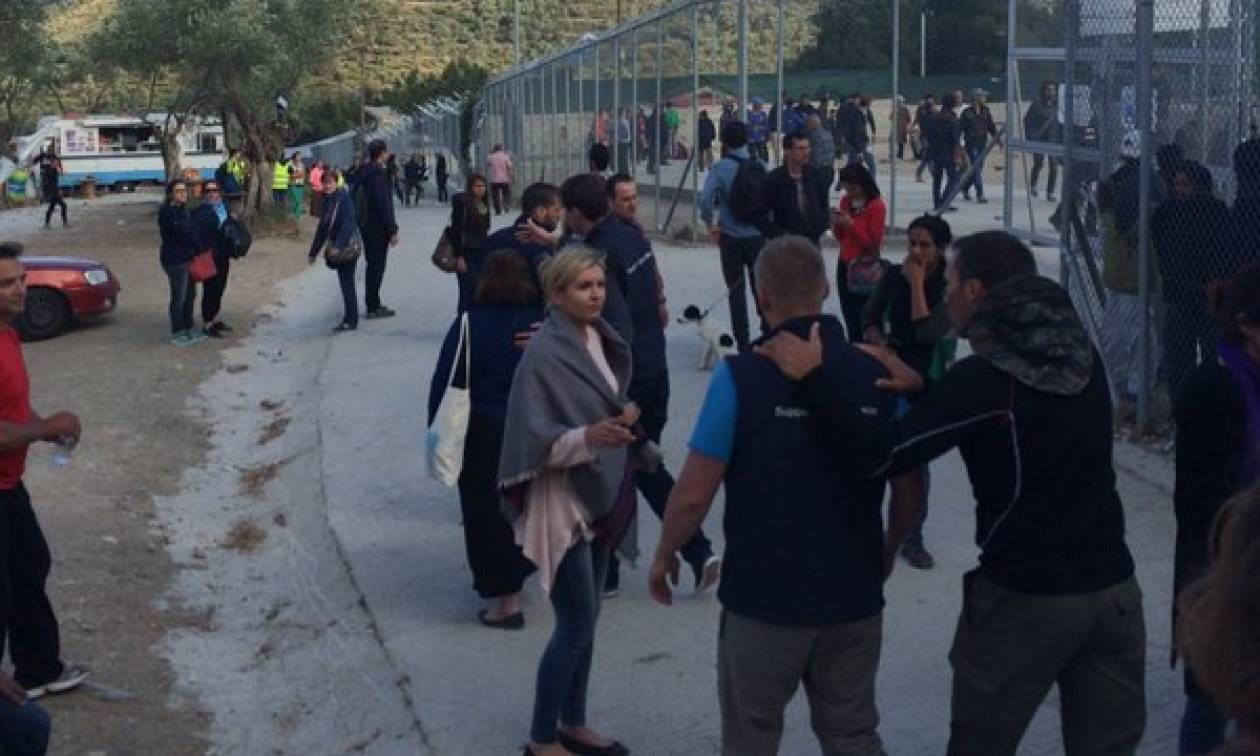Επεισόδια στη Μυτιλήνη: Καταλήψεις και φωτιές από πρόσφυγες που ζητούν να φύγουν από το νησί (vid)