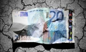 Guardian: Πικρό καφέ σερβίρει η κυβέρνηση στους Έλληνες
