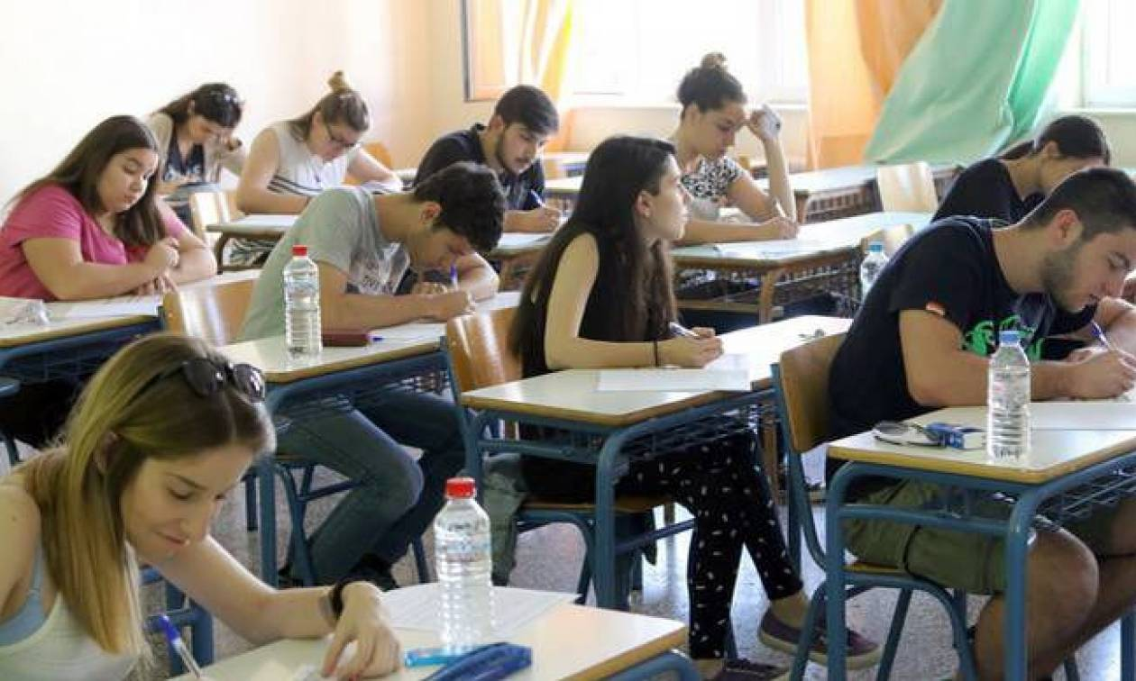 Πανελλήνιες 2016: Πρεμιέρα των εξετάσεων στα ΕΠΑΛ με το μάθημα της Νεοελληνικής Γλώσσας