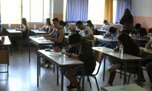 Πανελλήνιες 2016: Η ασφάλεια των παιδιών στο Διαδίκτυο το θέμα της Νεοελληνικής Γλώσσας (ΕΠΑΛ)