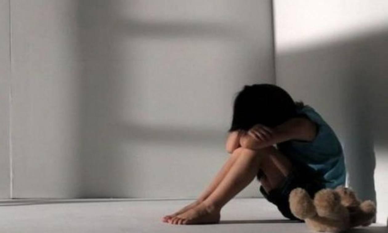 Προφυλακιστέα η 37χρονη που βιντεοσκοπούσε την ανήλικη ανιψιά της σε άσεμνες πράξεις (vid)