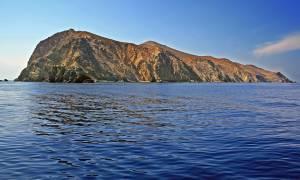 Απίστευτο: Έβαλαν πωλητήριο σε ελληνικά νησιά - Ποια είναι και πόσο κοστίζουν