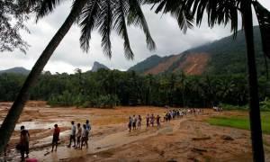 Εικόνες βιβλικής καταστροφής στη Σρι Λάνκα από τις έντονες βροχοπτώσεις - Φόβοι για 150 νεκρούς