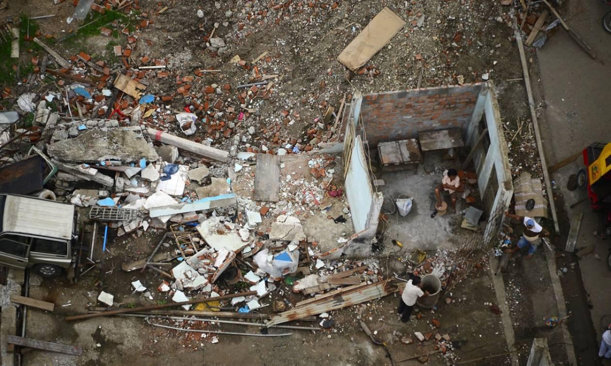 Ισημερινός: Τουλάχιστον ένας νεκρός από τους δύο ισχυρούς σεισμούς (videos)