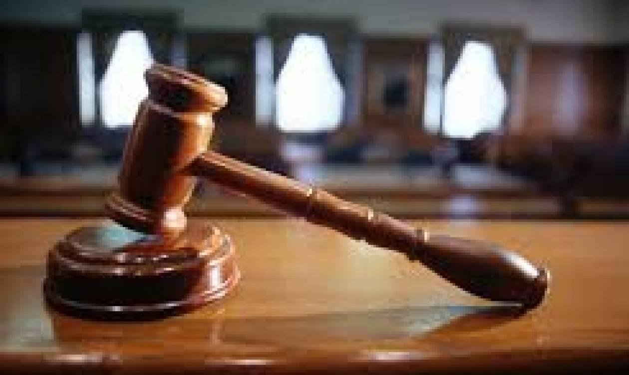 Εδώλιο για 4 άτομα της «αμαρτωλής» ΜΚΟ «Αλληλεγγύη» δείχνει ο εισαγγελέας