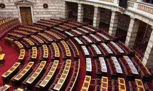 Βουλή: Καταψηφίστηκε η ένσταση αντισυνταγματικότητας του ΠΑΣΟΚ για το πολυνομοσχέδιο