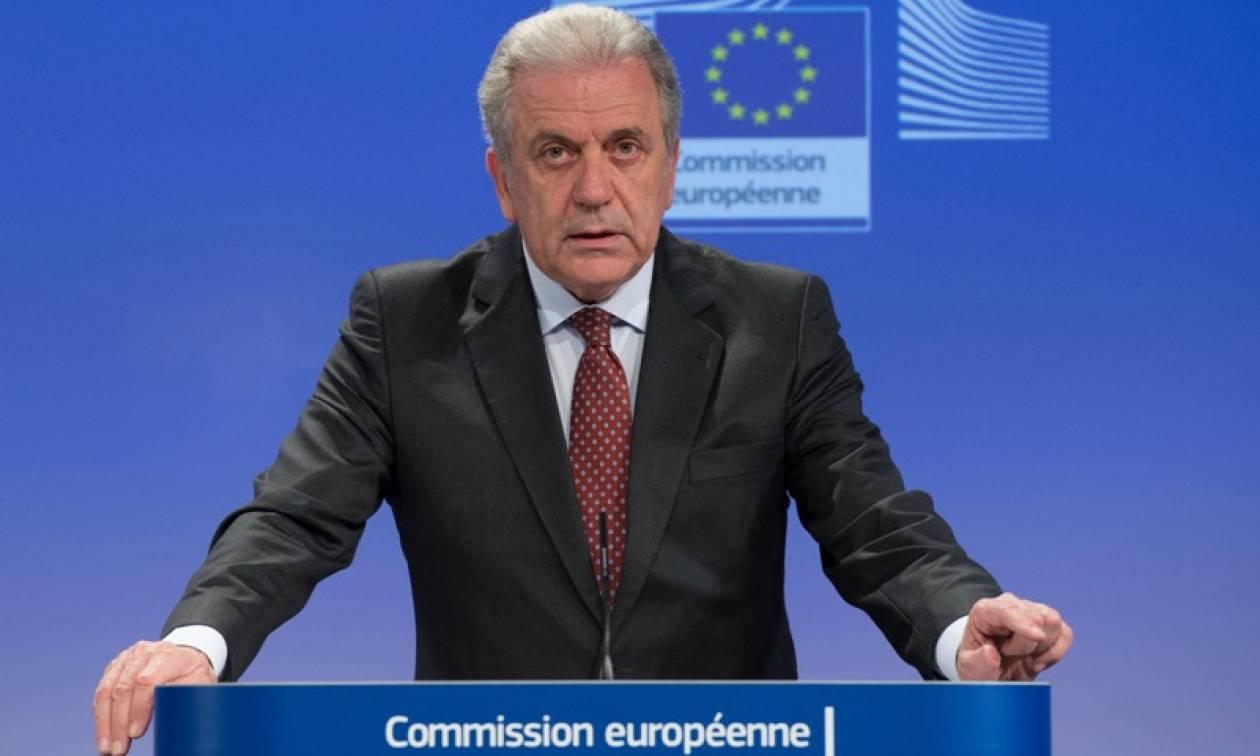Αβραμόπουλος: Δεν τηρούνται τα συμφωνηθέντα στο προσφυγικό