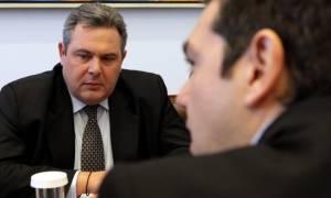 Άτακτη υποχώρηση Τσίπρα για τα ειδικά μισθολόγια στο παρά πέντε της ψηφοφορίας