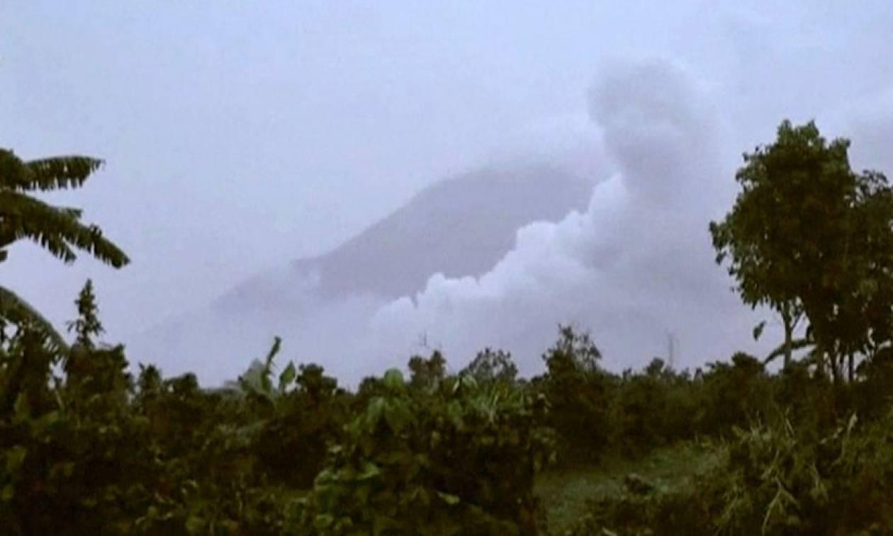 Τραγωδία στην Ινδονησία: Τουλάχιστον 7 νεκροί από έκρηξη ηφαιστείου (pics)
